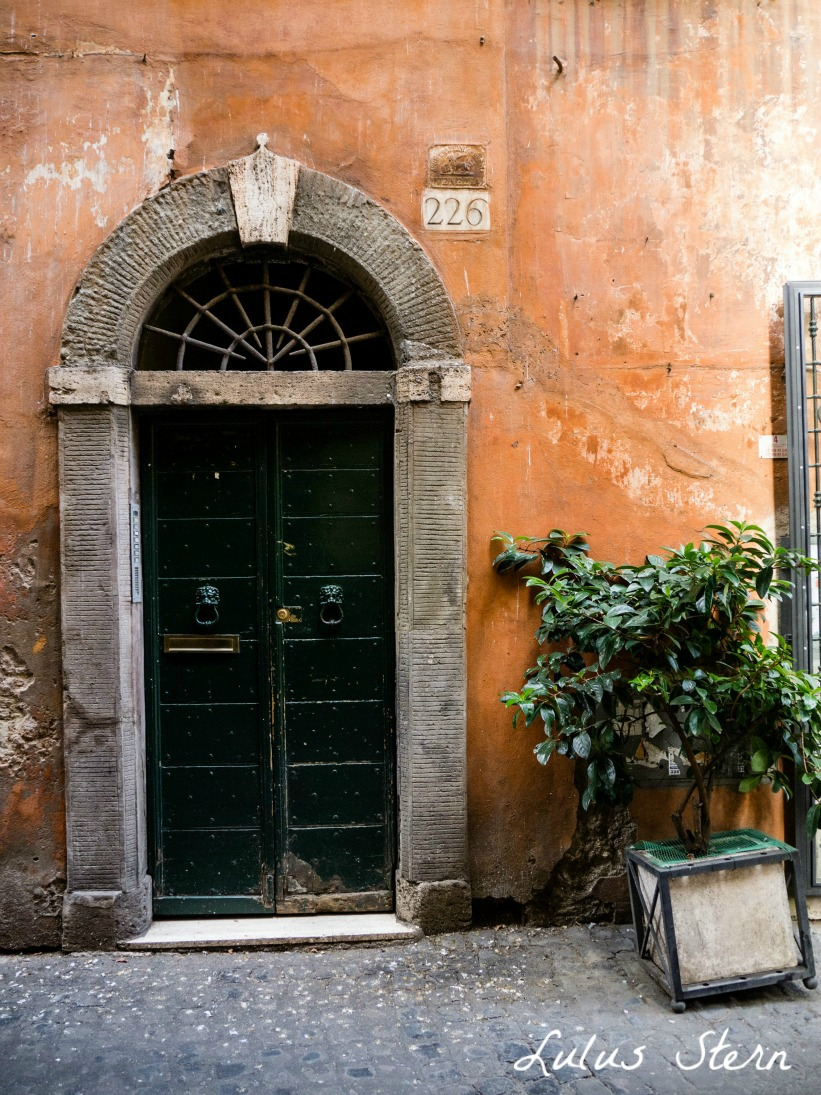 Haustür Rom