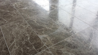pavimento-in-marmo-opaco