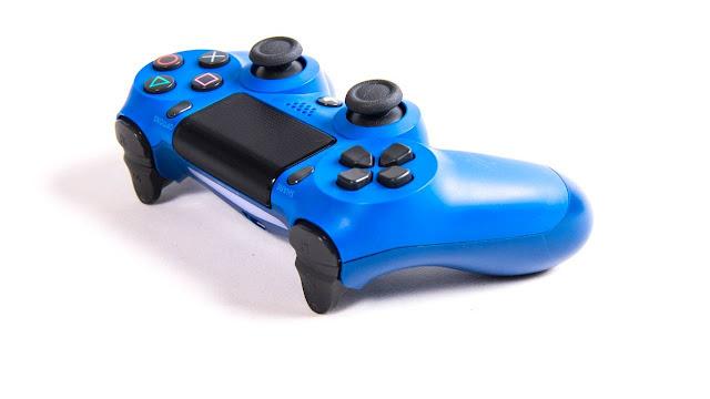 PlayStation 4 على وشك الوصول إلى علامة فارقة حققتها بواسطة واحدات الالعاب
