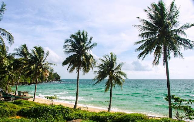 Top 5 ideal Vietnam beaches in summer 1