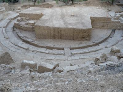 Στο φως το αρχαίο θέατρο της Θουρίας