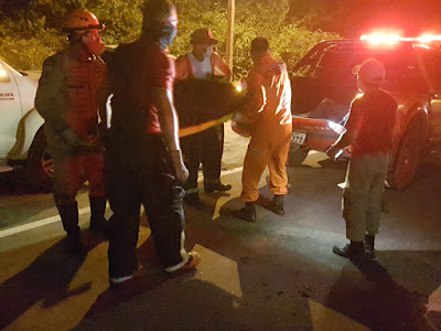 Acidente: Carro pega fogo e motorista morre carbonizado próximo ao Hospital Regional de Chapadinha.