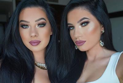Wanita Kembar Paling Seksi Aduhai di Dunia