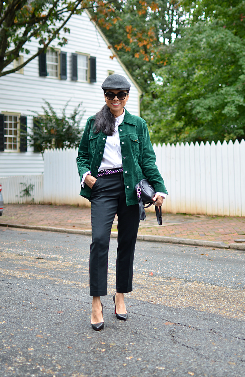 What to wear with emerald green