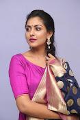 Madhu Shalini laest glam pics-thumbnail-19