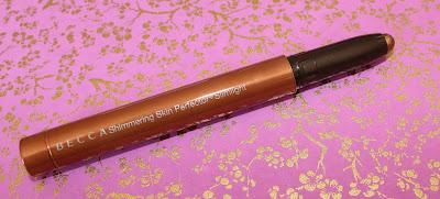 BECCA Shimmering Skin Perfector Slimlight in Topaz