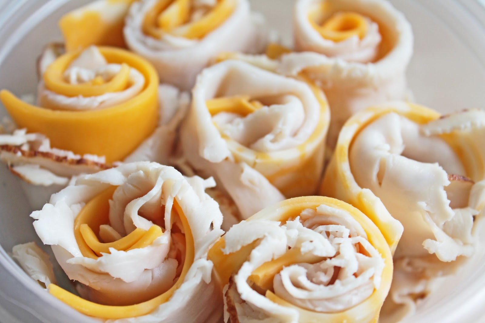 Easy to Make Snacks: Turkey and Cheese Rolls (Recipe ...