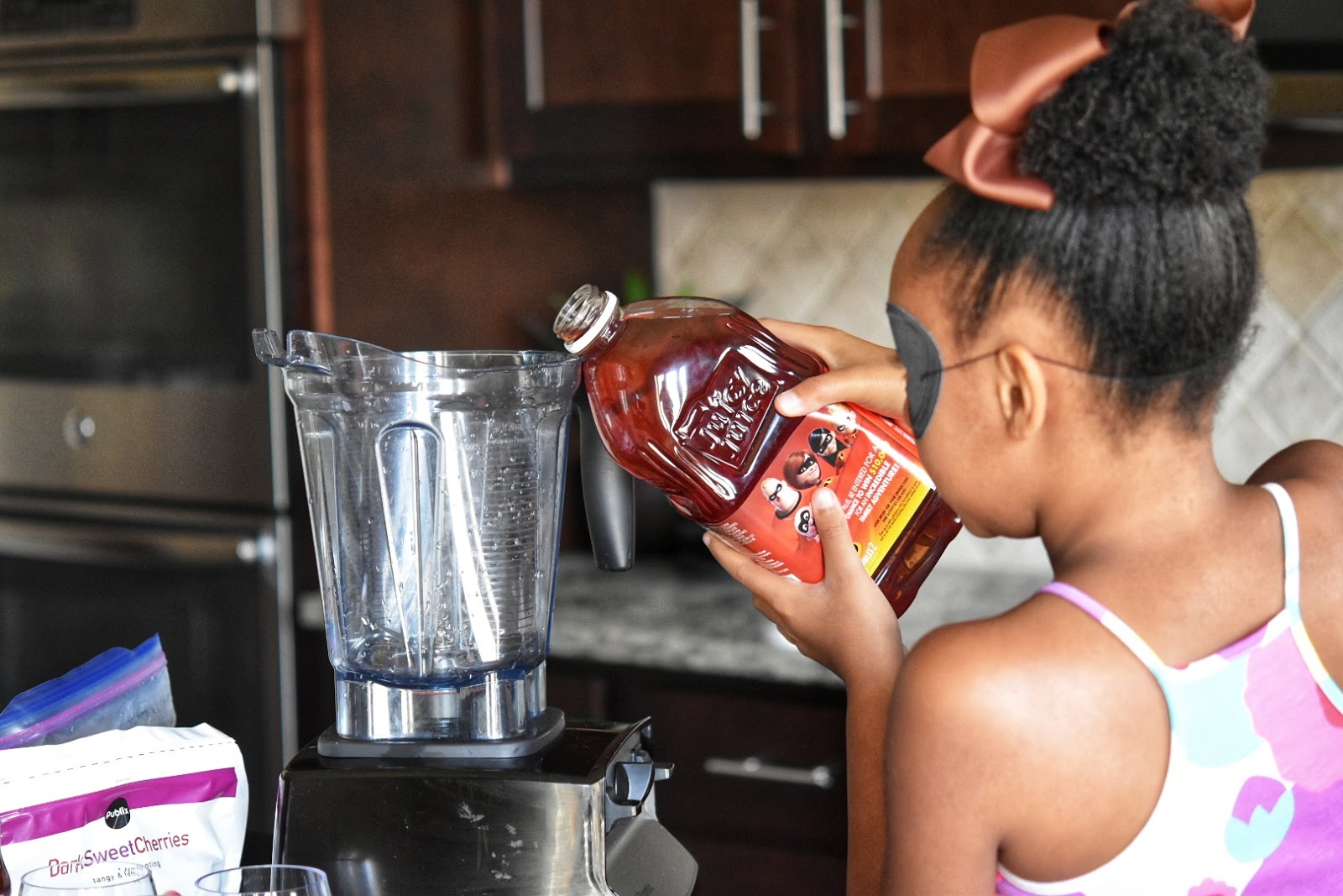 Mission: Incredibles 2 Inspired Smoothie Drink with Juicy Juice  via  www.productreviewmom.com