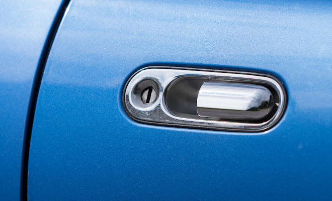 Mazda MX-5 door handle