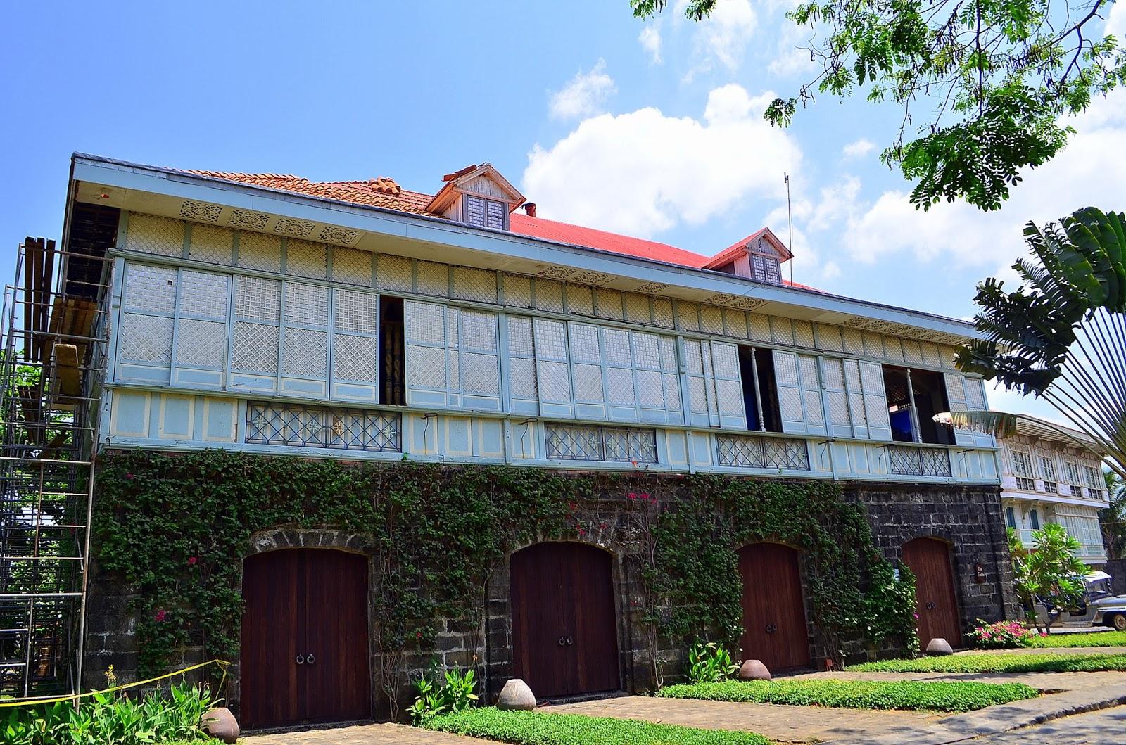 Las Casas Filipinas De Acuzar blog