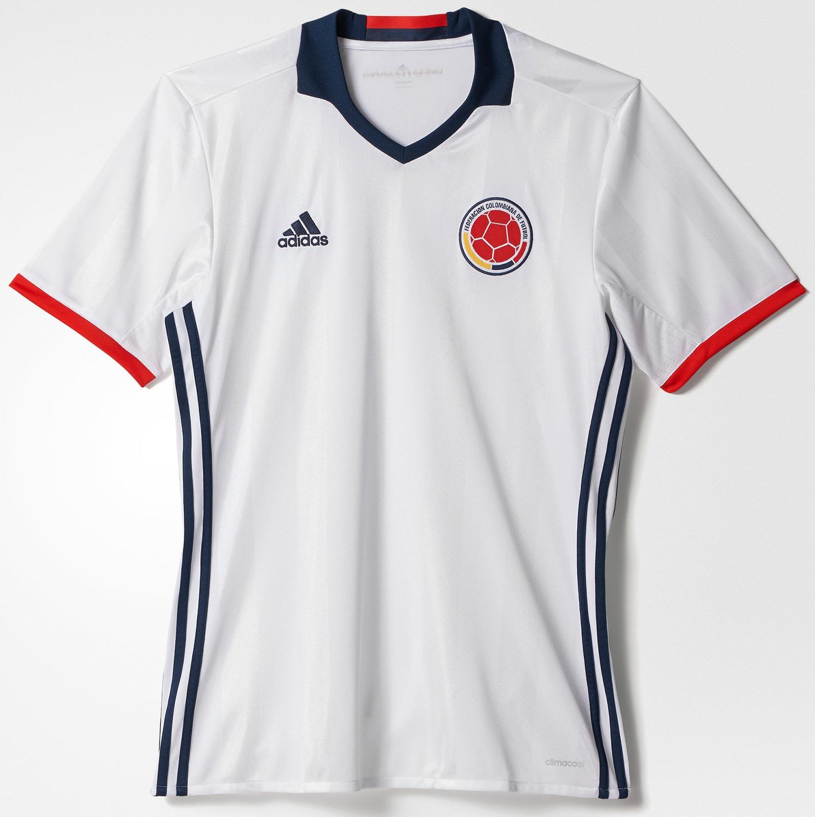 Das ist das neue kolumbien trikot das von james rodr guez for Cuarto kit del america