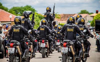 Policiais do BPRaio.