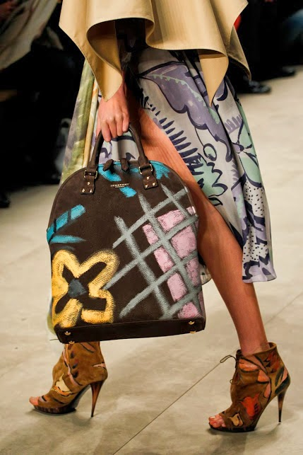 7dfc5538e870 I am in love with these fantastic hand-painted Bloomsbury bags by Burberry  Prorsum for Fall   Winter 2014 15.