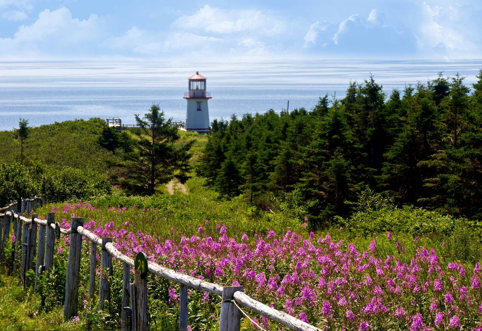What Are Some Natural Resources In Quebec