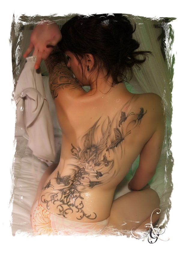 Cool sexy back tattoos
