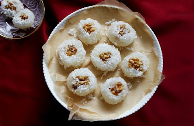 Basloqh is a kind of traditional sweet prepared with starch, water, sugar, cardamom, coconut powder and butter, mostly in Azerbaijan.