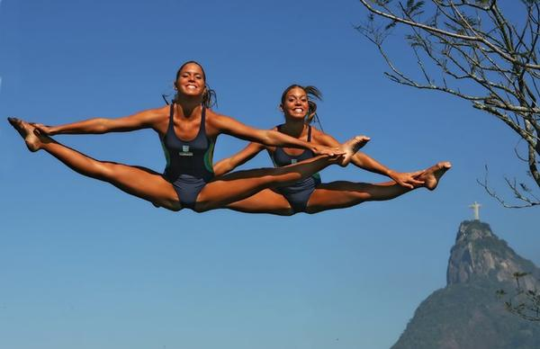 Opinion Bia and branca feres twins