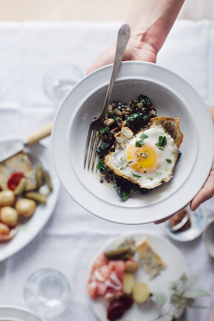 Lentils with Kale: romantic recipes for valentine's day on hello lovely studio