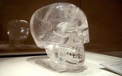 Misteri Tengkorak Kristal Yang Membingungkan