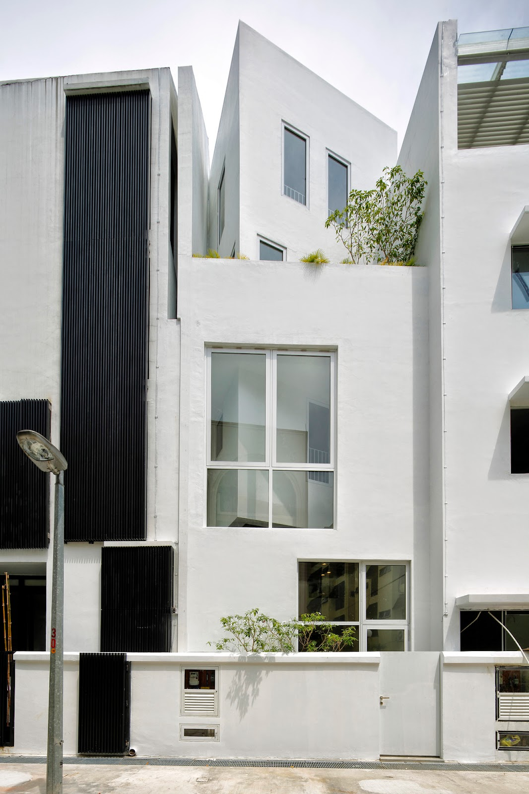 Strange 50 Stunning Houses In Singapore Urban Architecture Now Largest Home Design Picture Inspirations Pitcheantrous