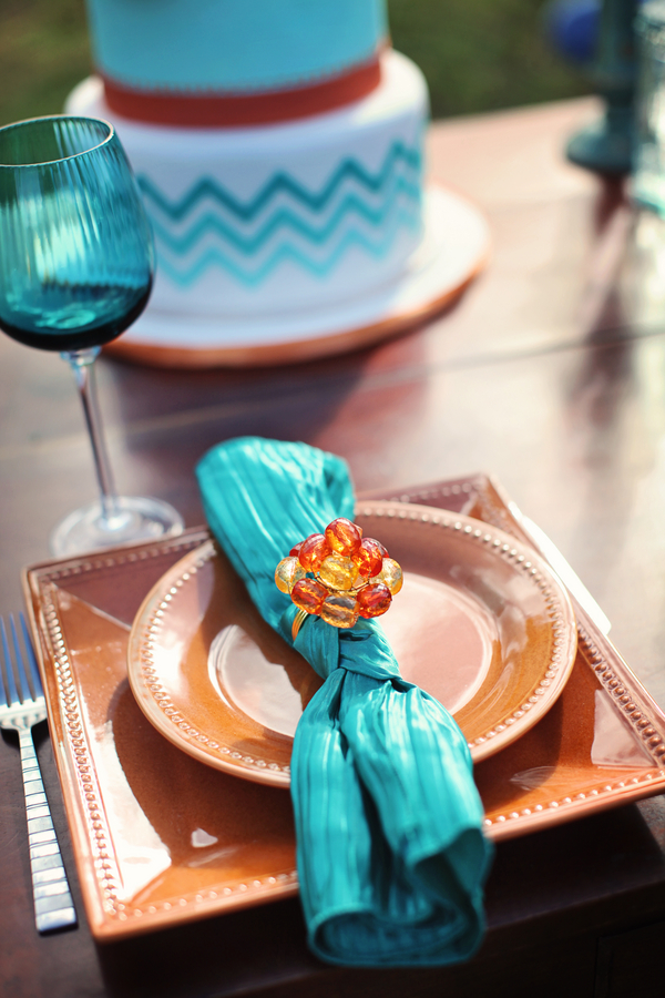 Hawaii+destination+wedding+salmon+pink+peach+orange+blue+turquoise+tropical+beach+tim+tebow+wedding+married+girlfriend+fiance+bouquet+gown+cake+chevron+modern+Creatrix Photography+2 - Tropical Oasis