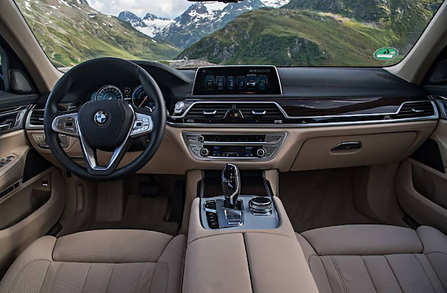 2017 BMW 740e xDrive iPerformance PHEV Interior
