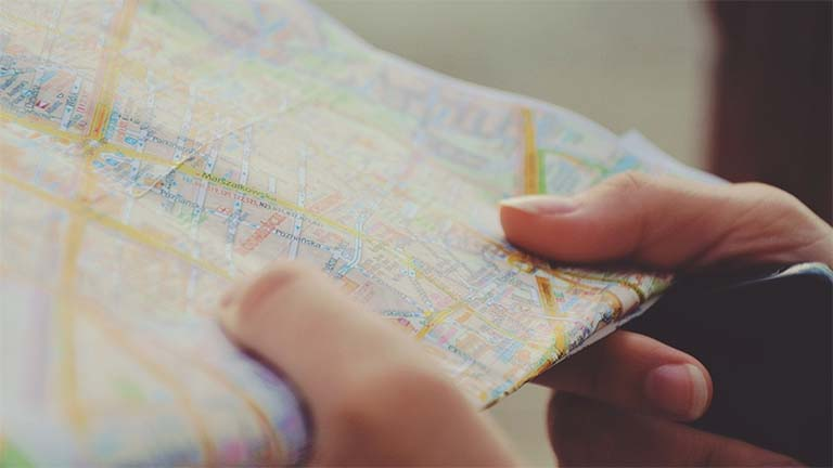 Diam-Diam Google Maps Menambahkan Dukungan Hashtag Dalam Ulasan