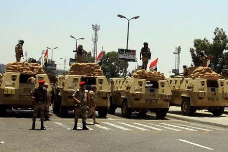 """الجيش المصري يعلن مقتل 8 """"مسلحين"""" بسيناء"""