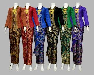 Model Baju Batik Wanita Modern D1924