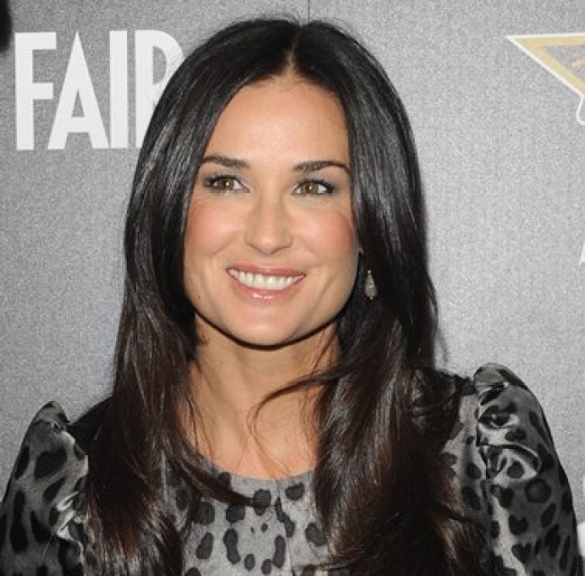 33 Stunning Demi Moore Hairstyles