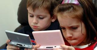مخاطر ادمان الأطفال للإنترنت وكيفية التخلص منها