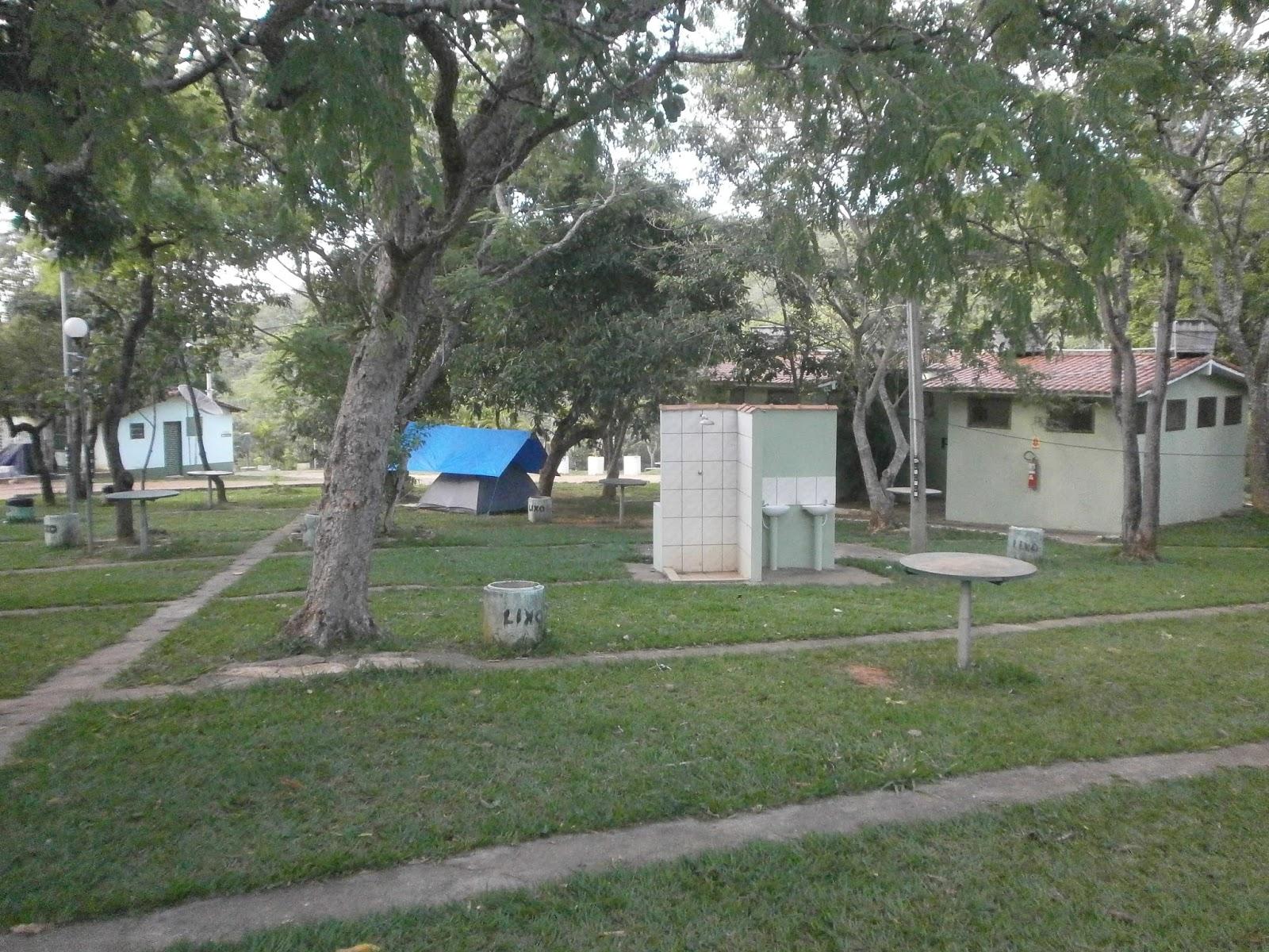 11a8757f4 Família Viajando de Barraca - BH  Camping Quebra Anzol - São João ...
