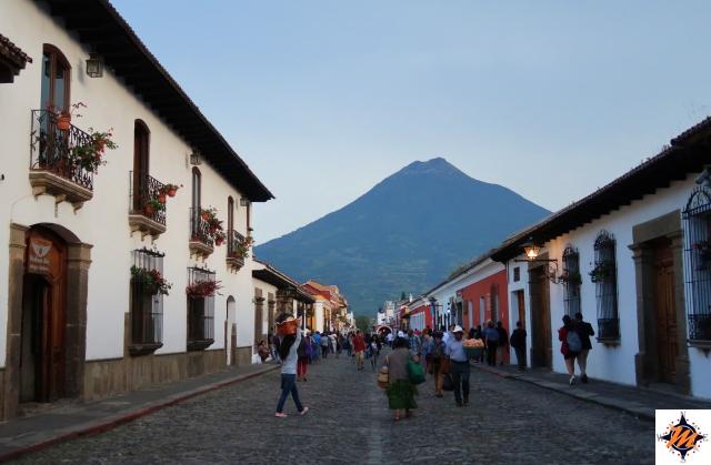 Antigua, Volcán de Agua