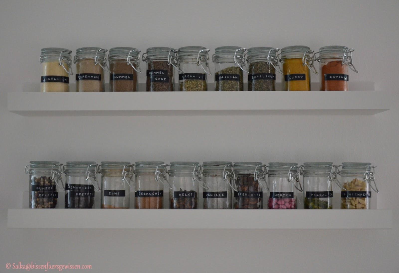 spice up diy gew rzregal bissen f rs gewissen. Black Bedroom Furniture Sets. Home Design Ideas
