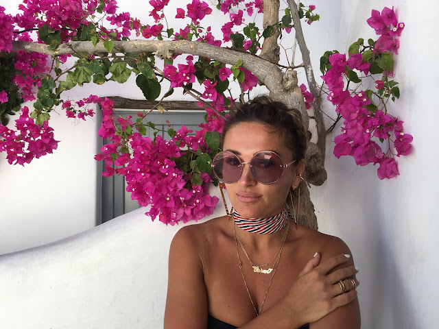 YSL sandals, Crop top, Pencil skirt, Mykonos, blogger style in Mykonos, what to wear in your 30s, how to wear crop to in 30s, toronto fashion blogger, best fashion blogger influencer