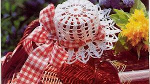 Cómo hacer sombreros para frascos tejidos al crochet