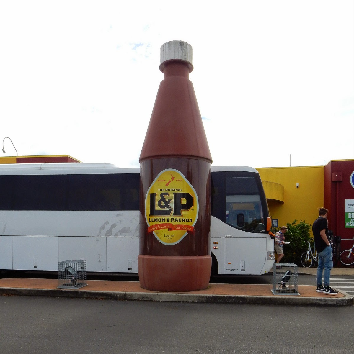 Lemon and Paeroa; the story of a famous New Zealand soft drink (well, world famous in NZ)