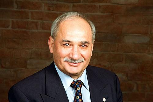 Escritor turco pide perdón a los armenios