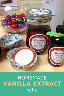 Easy to make Natural Homemade Vanilla Extract holiday gifts