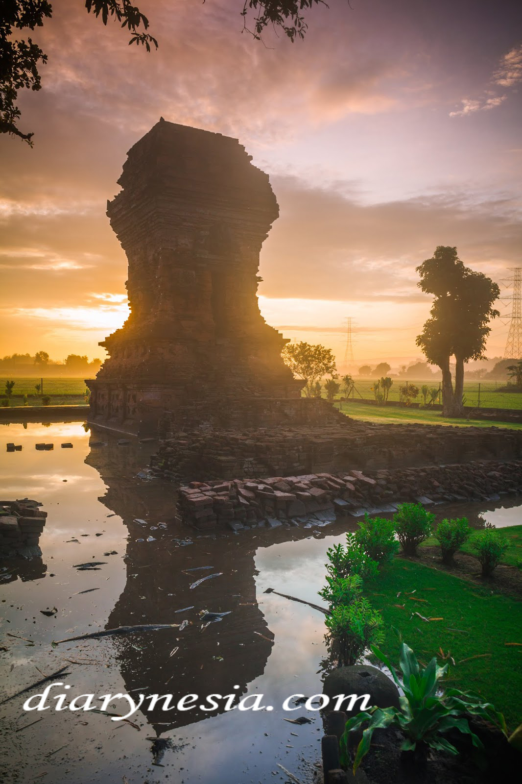 Famous Temples Tourism, East Java Tourism, Majapahit heritage Temples, diarynesia