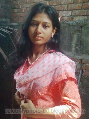 Smart And Cute Bangladeshi Teen Girls New Photos Collection