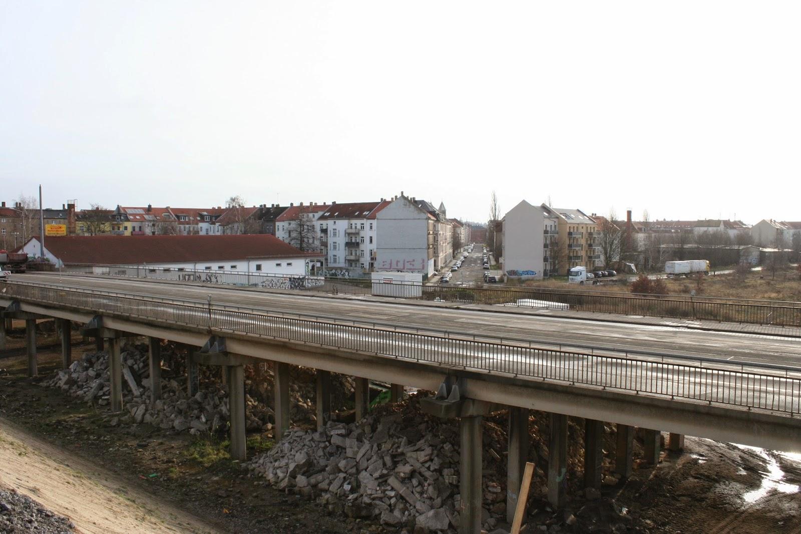 """Antonienbrücke 21.12.2014 - Blick von der Behelfsbrücke auf die """"Alte"""""""