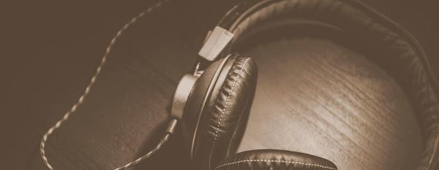 Pyza zasłuchana albo o przygodach z audiobookami