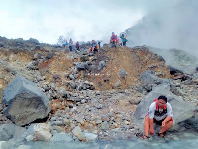 Kawah Ratu Gunung Salak