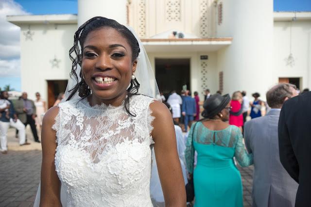 Mariée devant église, Guadeloupe