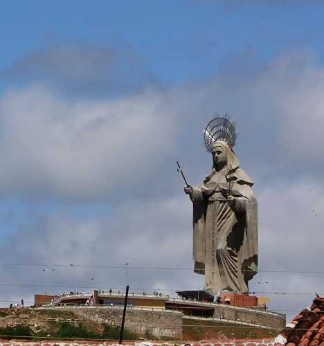 las estatuas Las+15+estatuas+mas+altas+de+15+paises+distintos+29