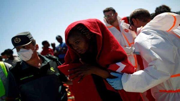 UE separará refugiados de migrantes irregulares