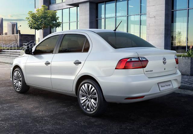 Novo VW Voyage x Hyundai HB20S x Chevrolet Prisma - comparativo