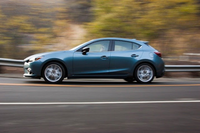 2016 Mazda 3 Hatchback Review 3