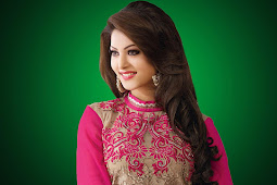 Profil Lengkap Aktris Bollywood Urvashi Rautela